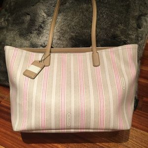 Handbags - Coach striped large spring summer tote 10x17